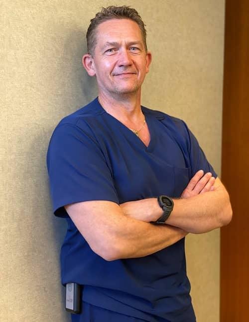 Dr. Brian Wiebe